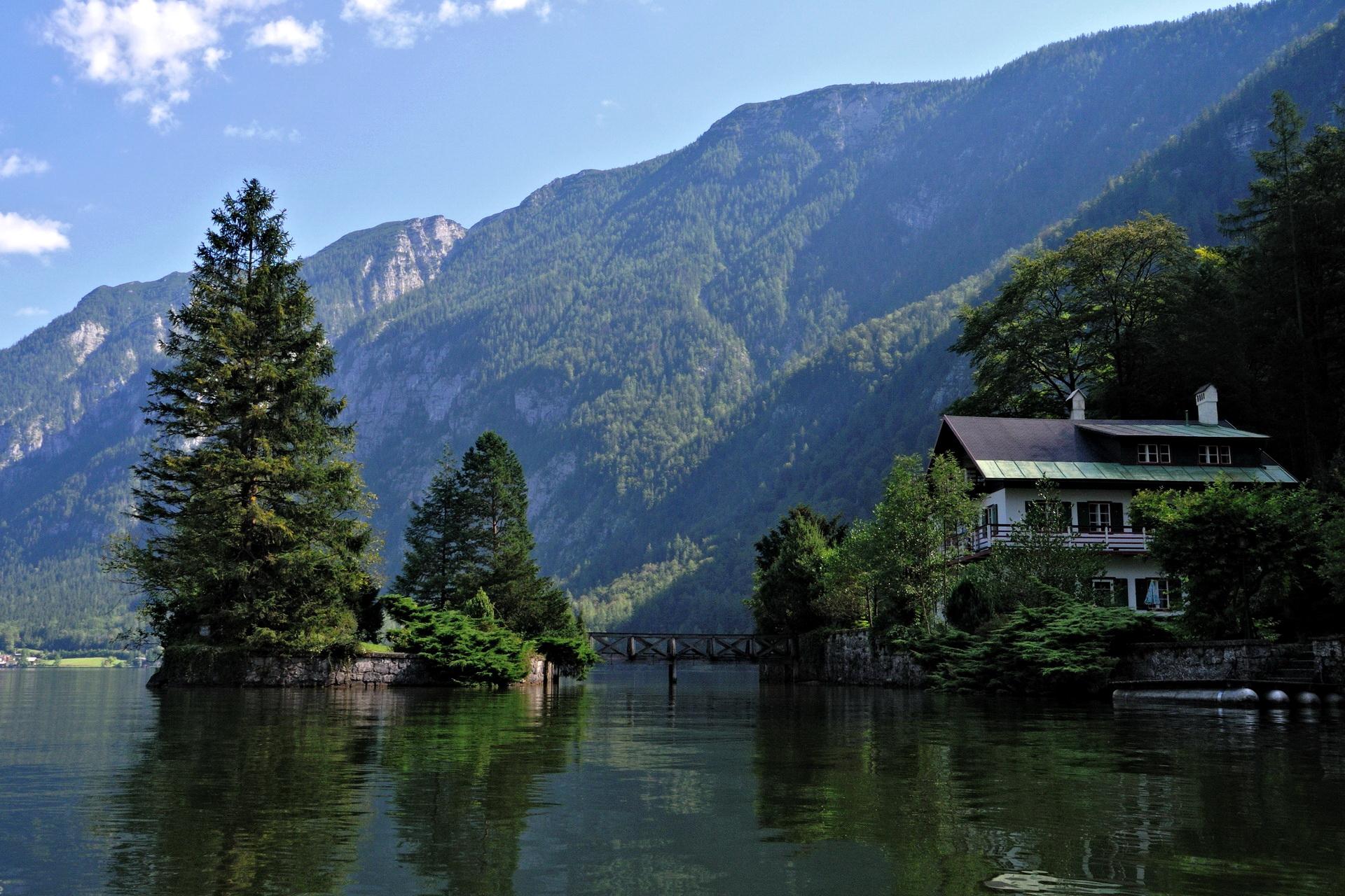 Озеро на горе  № 2948806 без смс