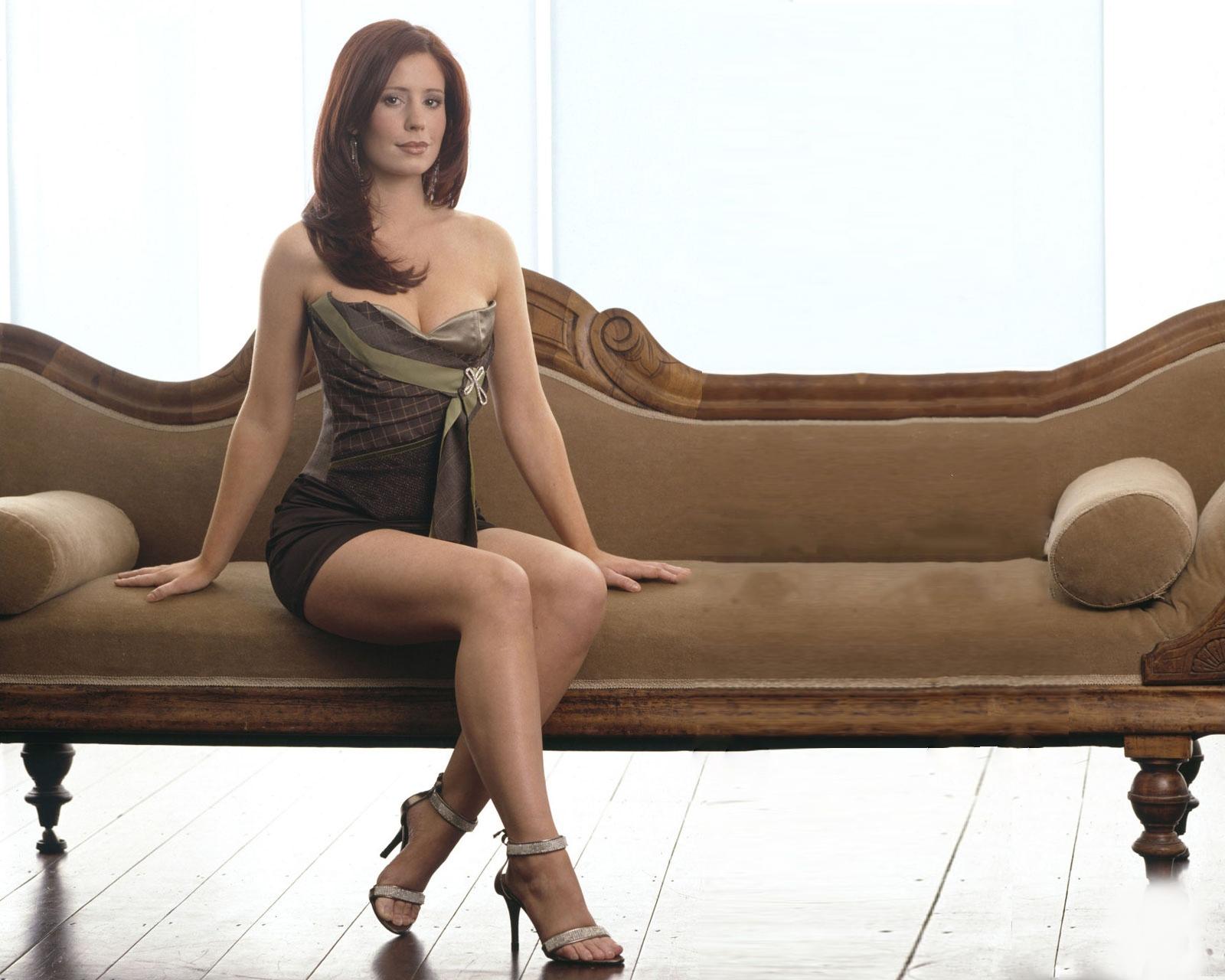 Картинки Amy Nuttall девушка платья Туфли Девушки молодая женщина молодые женщины Платье туфель туфлях
