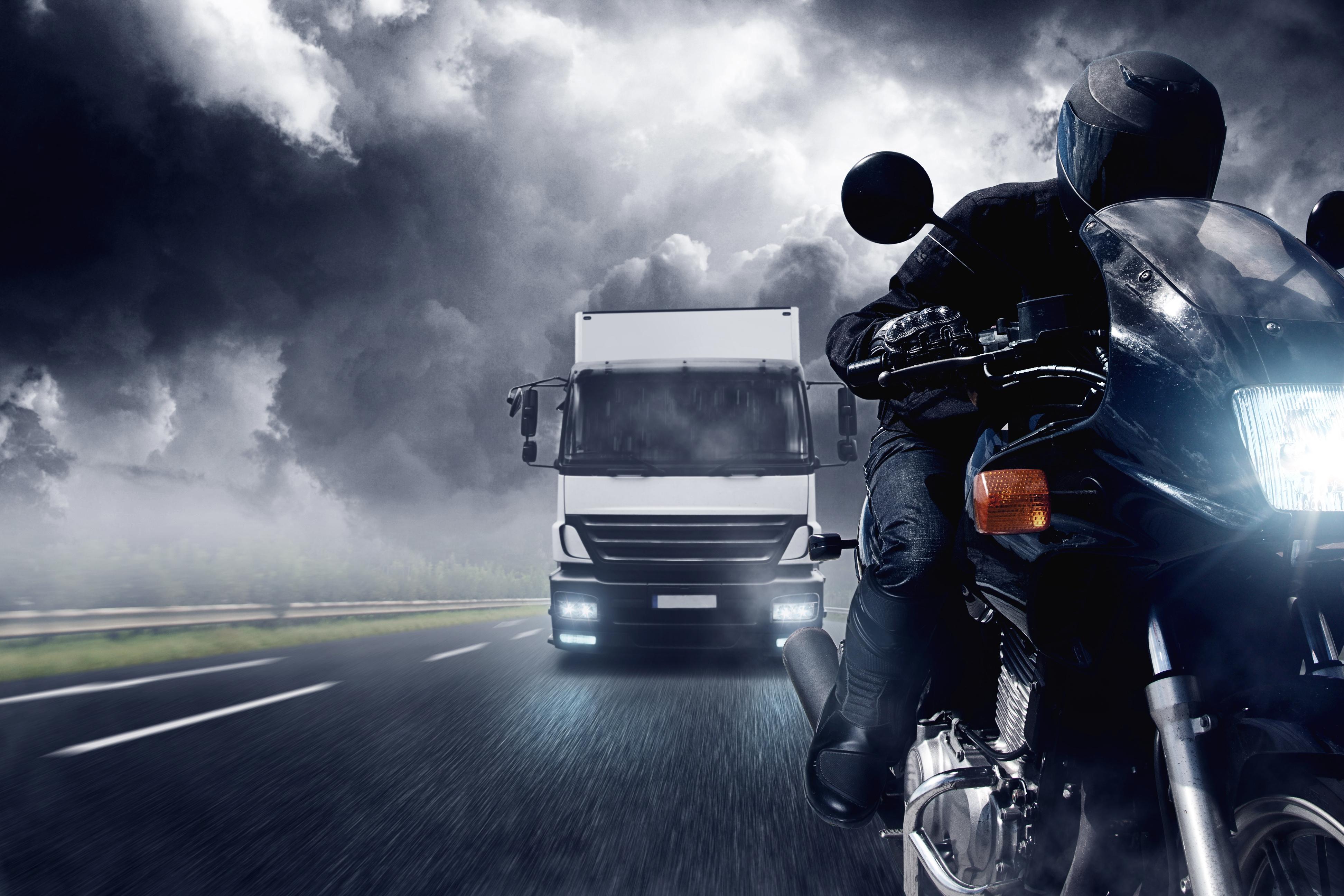 мотоцикл ночь город скачать