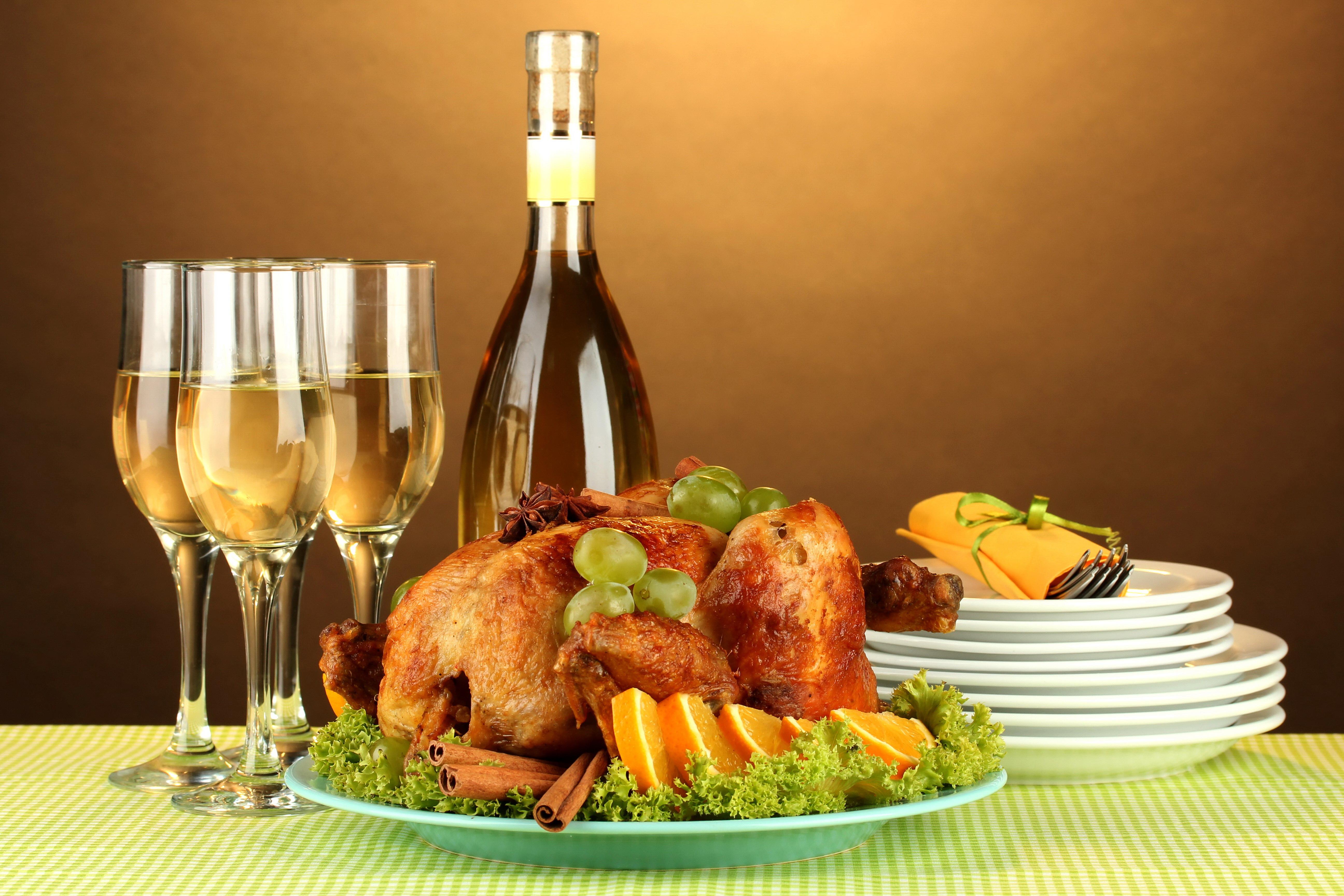 еда салаты рыба курица банкет  № 2124138  скачать