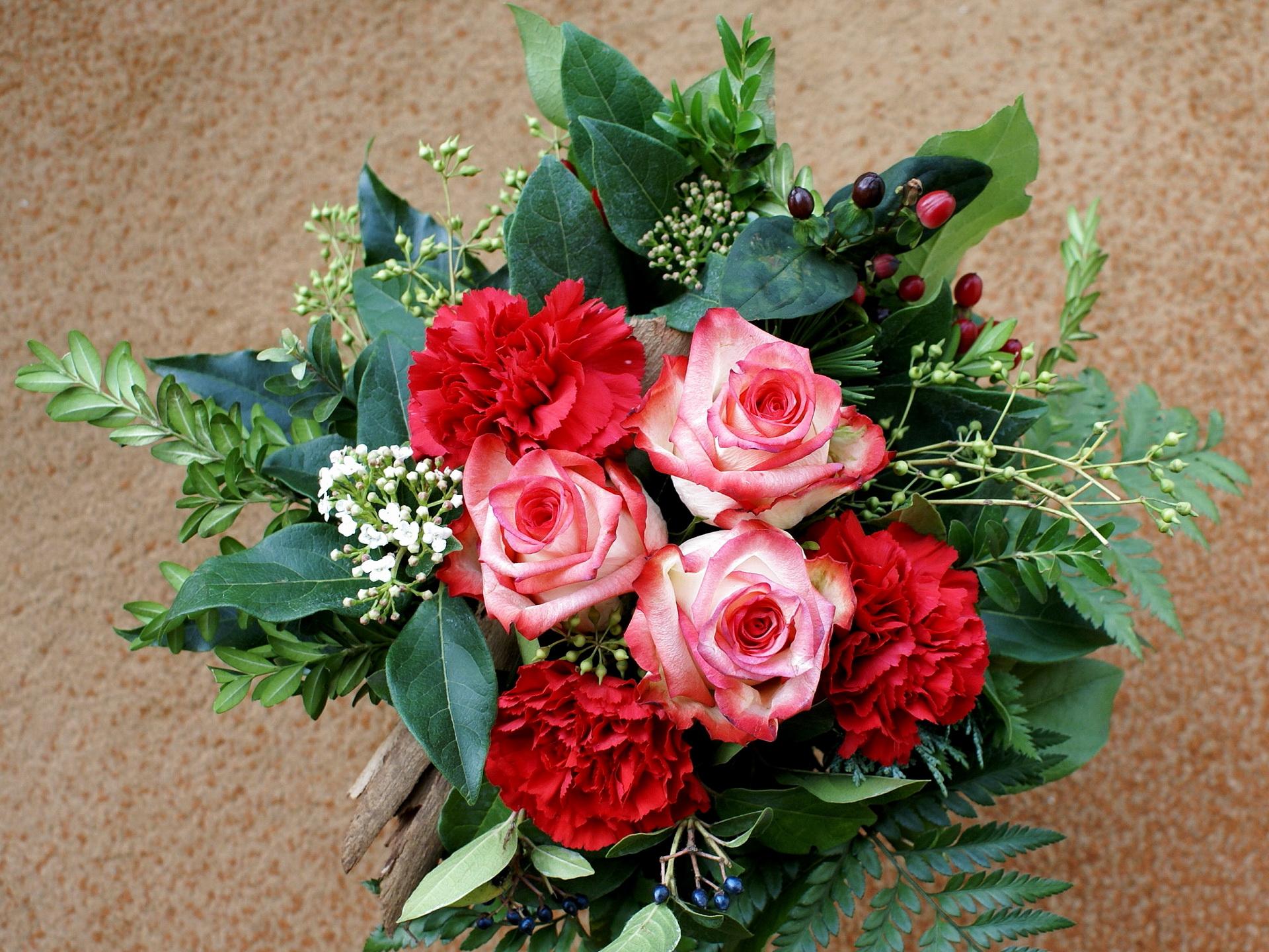 розы, букет, зелень загрузить