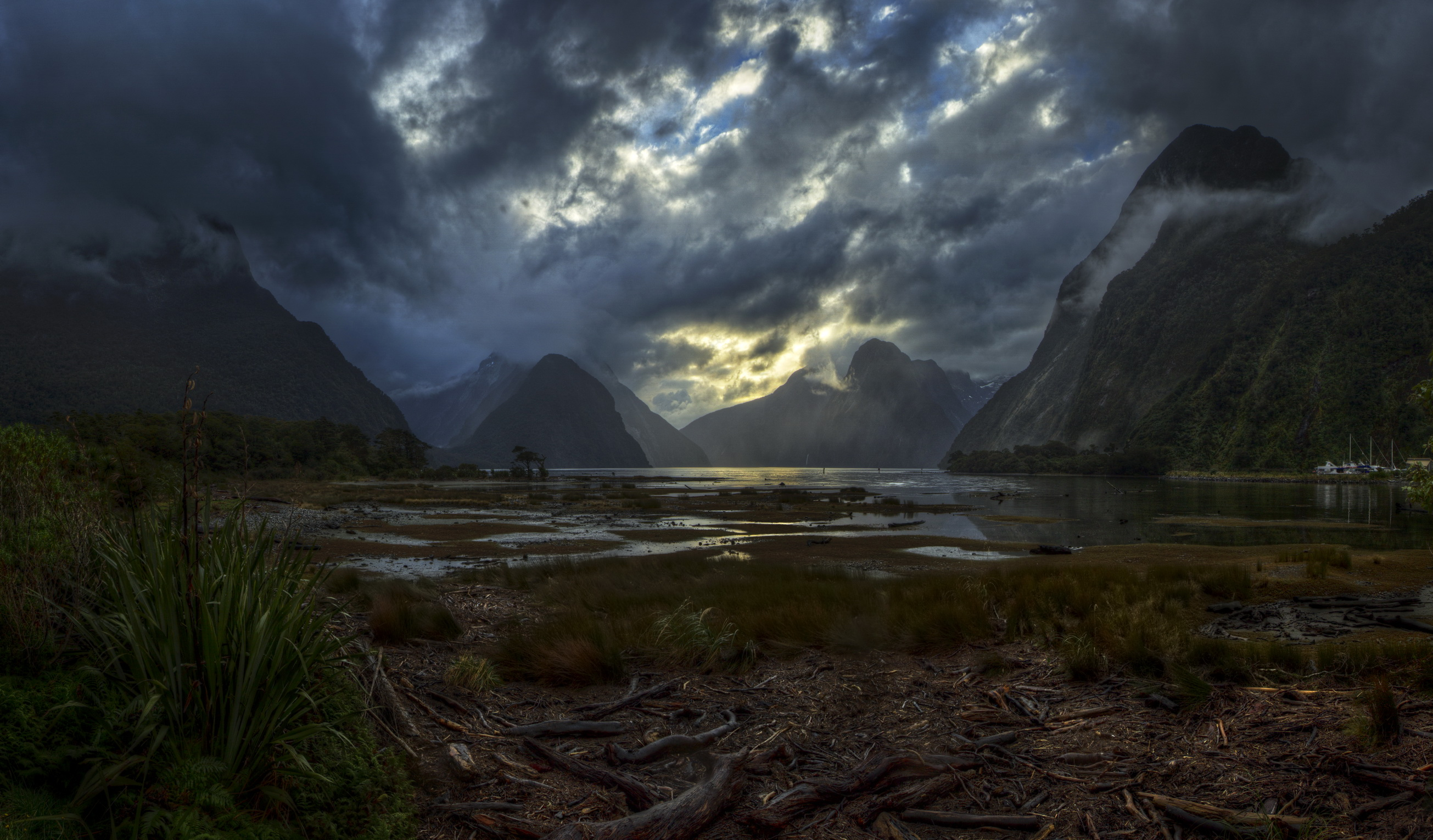 дорога гора тучи мрак скачать