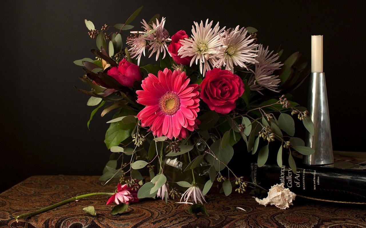 цветы на столе фото: