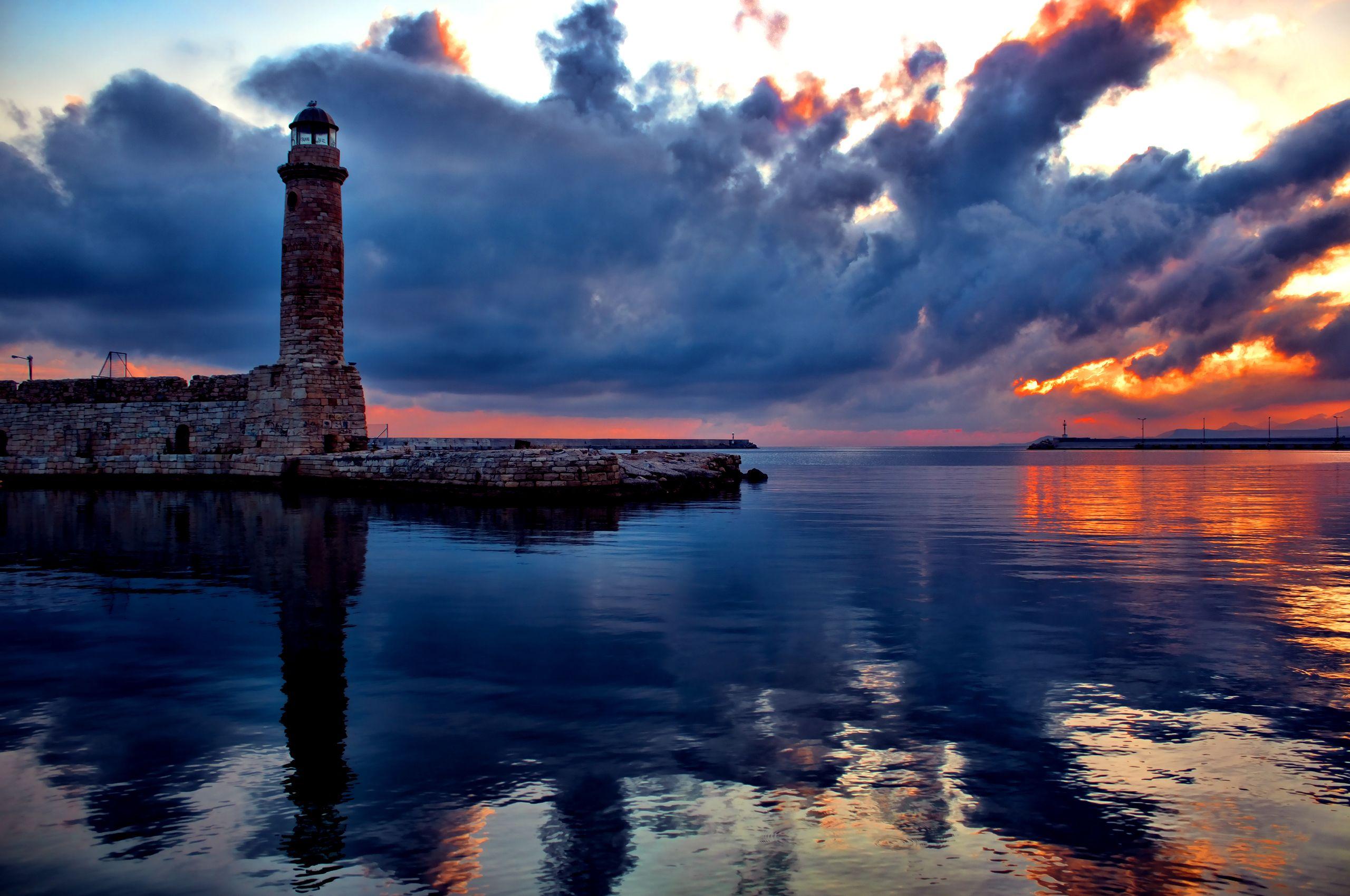 морской замок на закате  № 153671 загрузить
