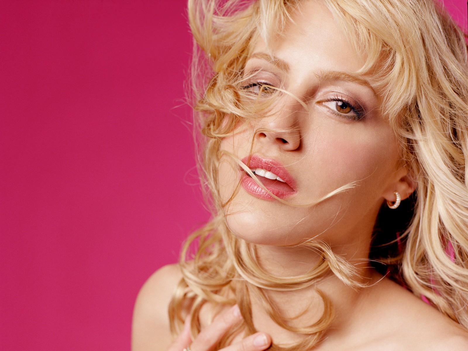 Картинки Brittany Murphy Знаменитости Бриттани Мерфи