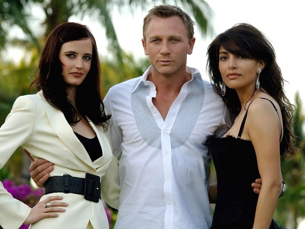 Обои Daniel Craig Ева Грин Знаменитости Eva Green Дэниэл Крэйг