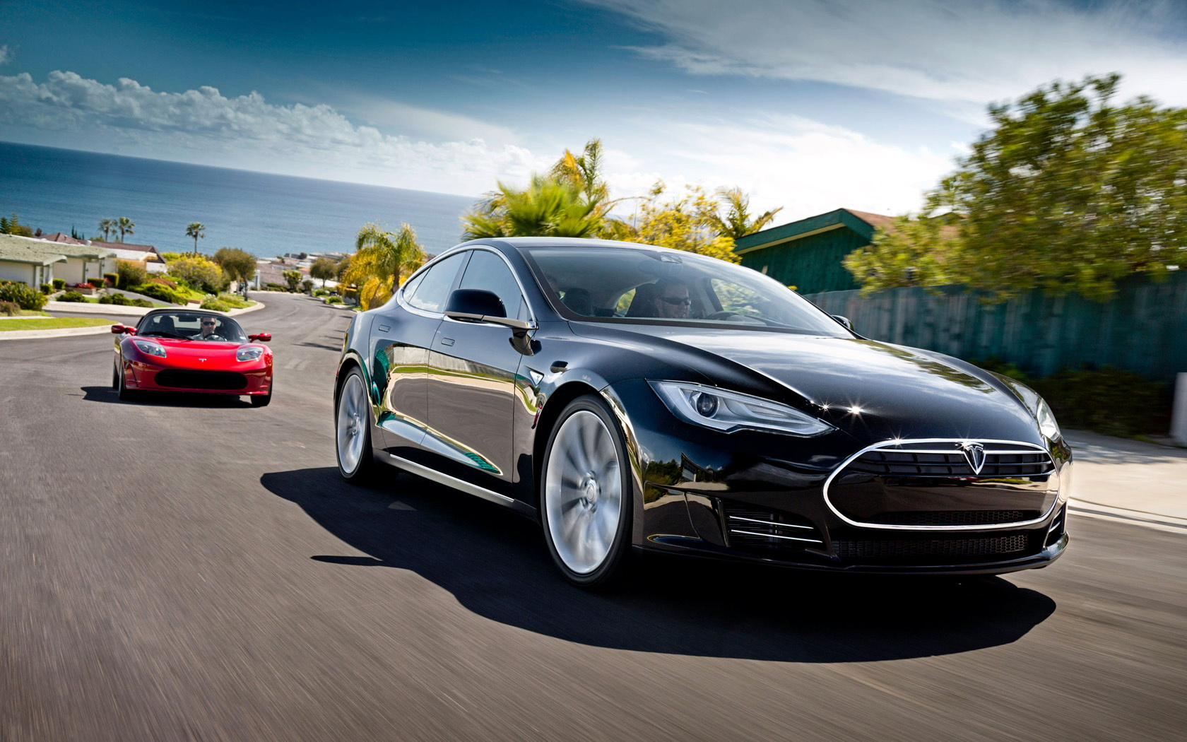 tesla motors View detailed financial information, real-time news, videos, quotes and analysis on tesla inc (nasdaq:tsla) explore commentary on tesla inc and hear what the experts at thestreet are saying about tsla.