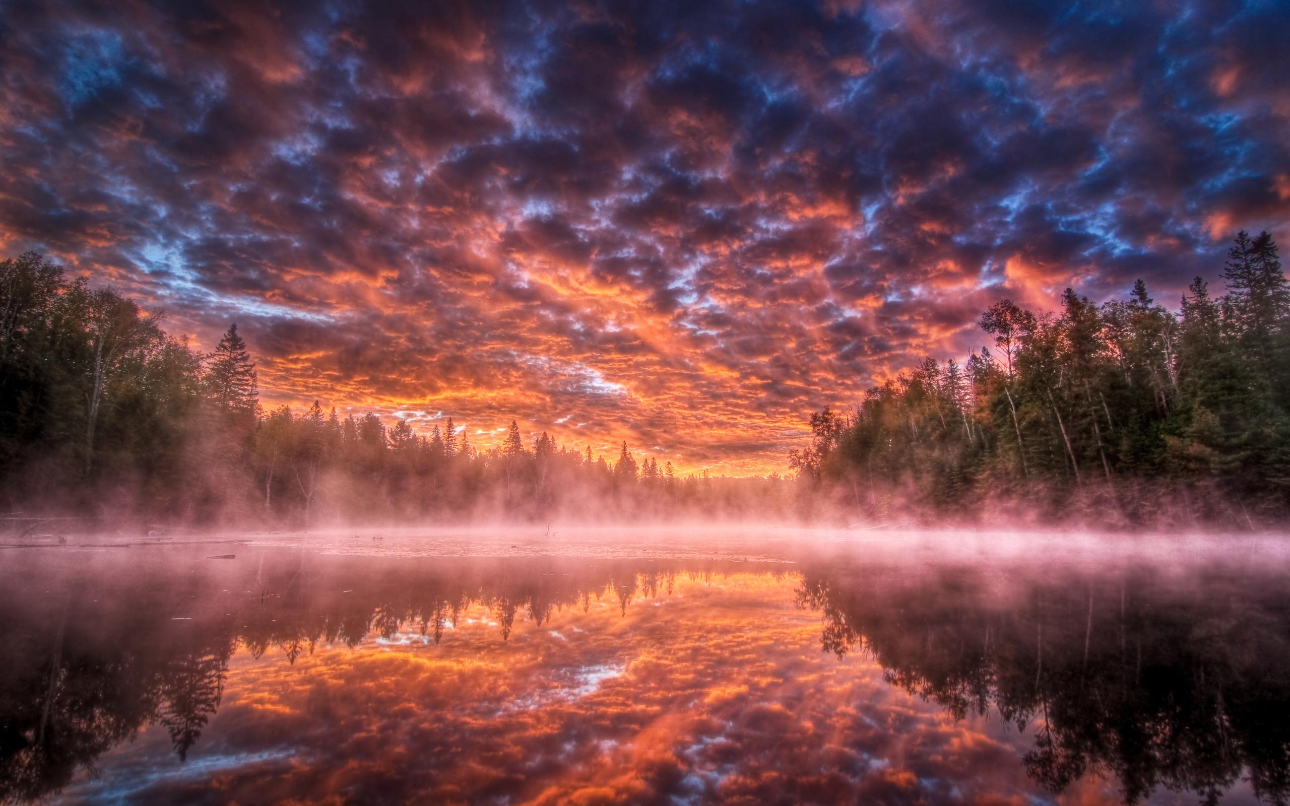 Темный закат над озером  № 3213445  скачать