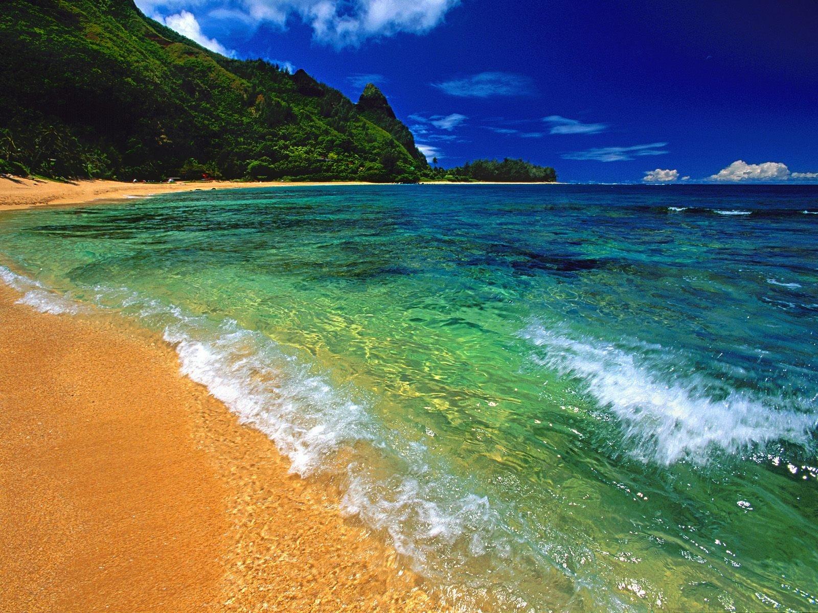 Пляж и залив без смс
