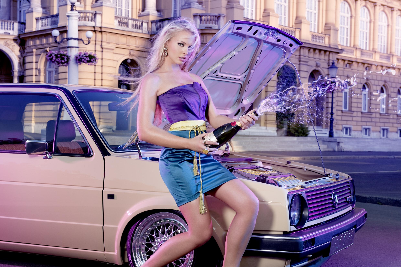 Фото авто девки, Сексуальные девушки и автомобили 25 фотография