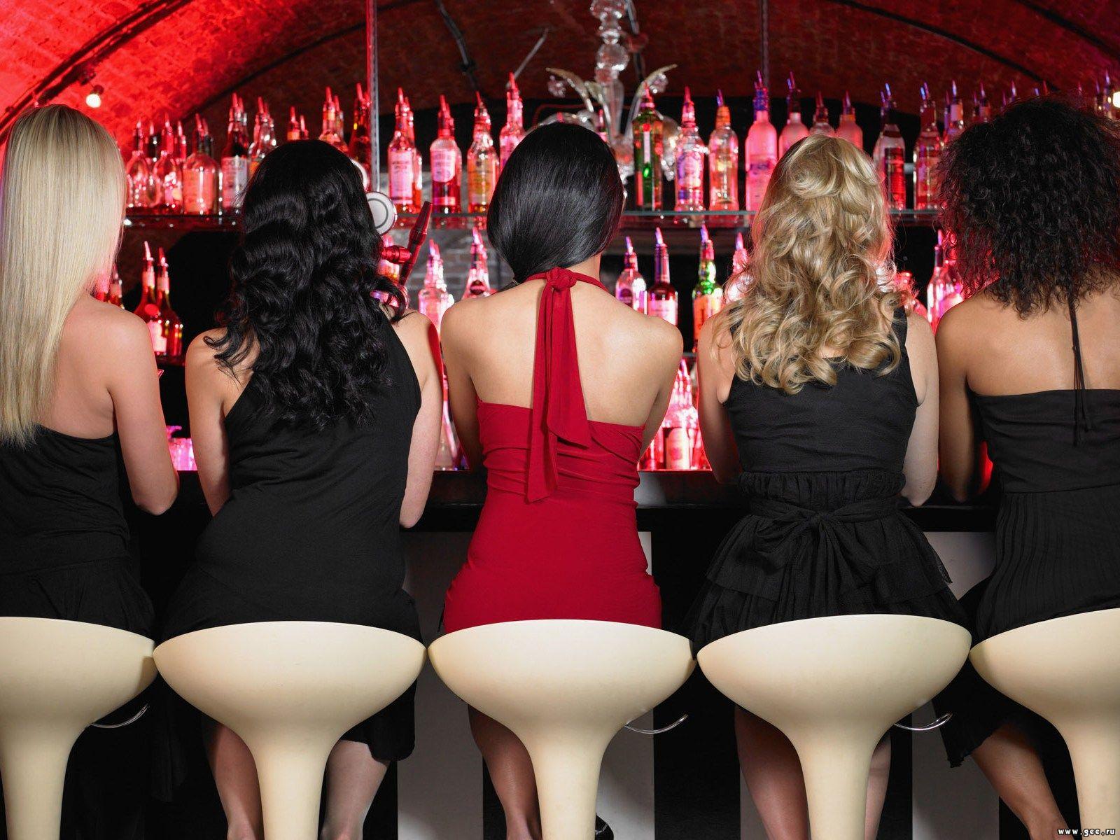 Когда. Бесплатный вход на вечеринку всем девушкам до 23-00.