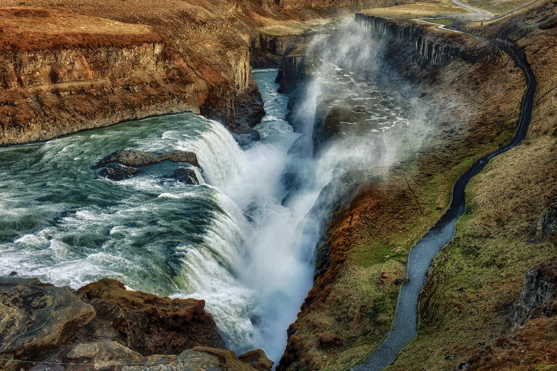 бурлящая вода на скалах  № 205508  скачать