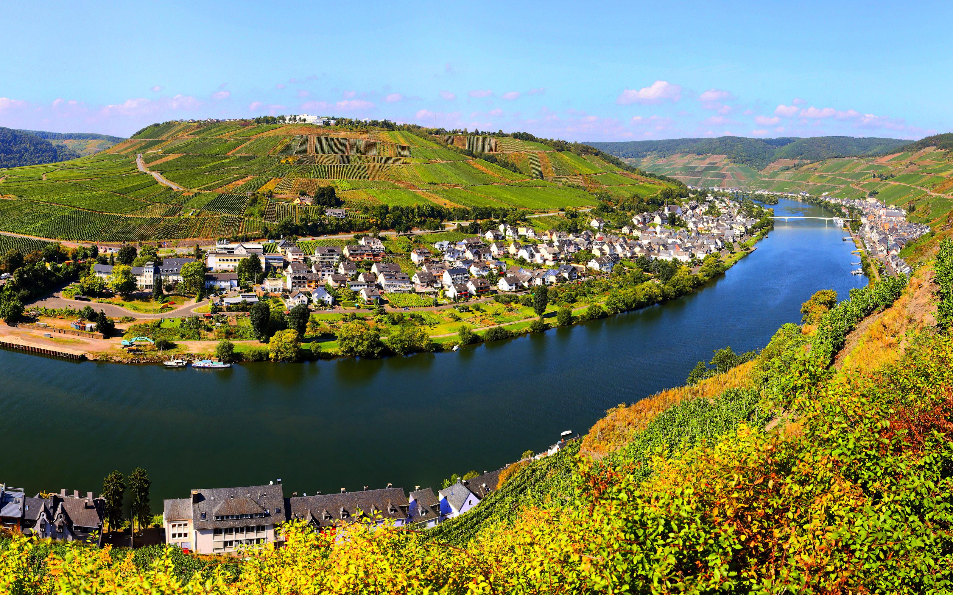 Lorch Village, Hesse, Rhine River, Germany  № 78245 без смс