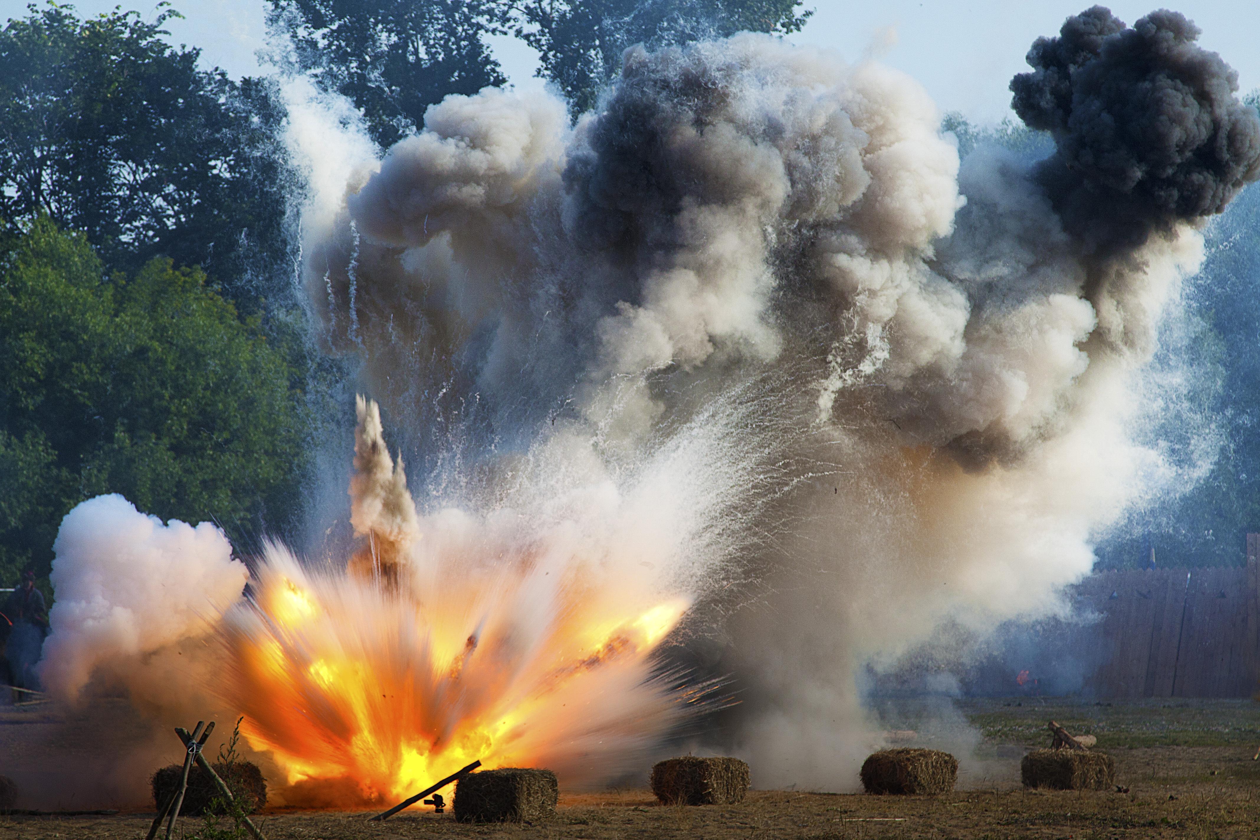 Война солдат взрывы огонь загрузить
