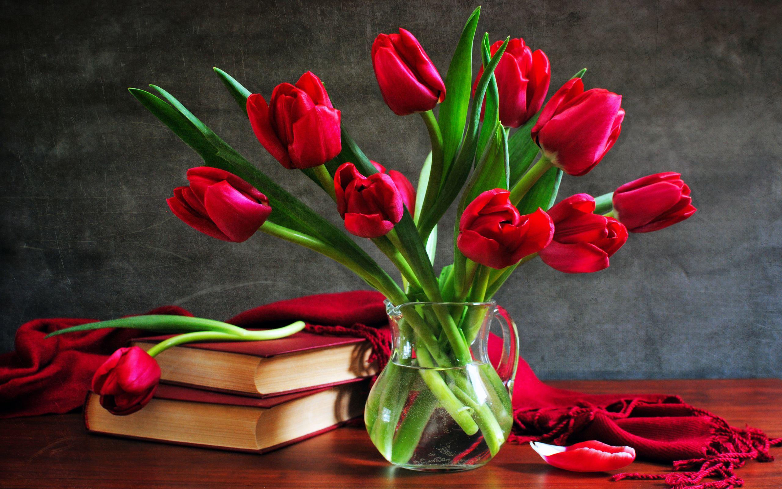тюльпаны ваза море  № 1012788 бесплатно