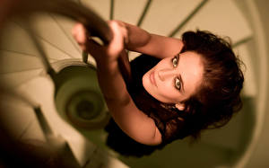 Картинки Eva Green Лестницы