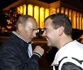 Обои Владимир Путин Дмитрий Медведев Президент Знаменитости