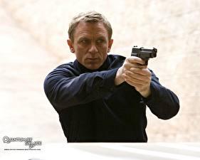 Картинка Агент 007. Джеймс Бонд Квант милосердия