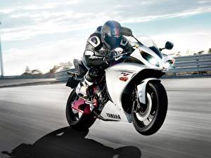 Обои Yamaha Мотоциклы фото