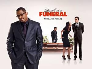 Обои для рабочего стола Смерть на похоронах Фильмы