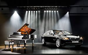 Обои BMW Фортепиано автомобиль
