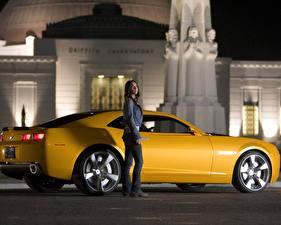 Обои Трансформеры Megan Fox Chevrolet Camaro Фильмы фото