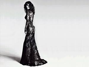 Обои Кэтрин Зета-Джонс черно белое фото