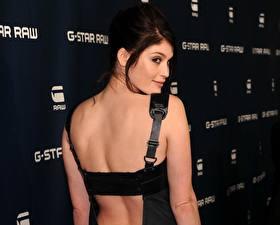 Обои Gemma Arterton фото спины