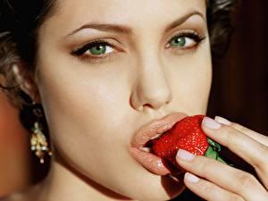Картинка Angelina Jolie