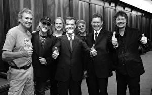 Фото Дмитрий Медведев Президент Deep Purple Знаменитости