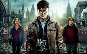 Картинки Гарри Поттер Гарри Поттер и Дары Смерти Дэниэл Рэдклифф Emma Watson Фильмы