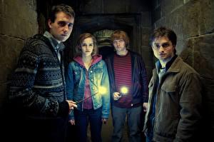 Фото Гарри Поттер Гарри Поттер и Дары Смерти Дэниэл Рэдклифф Emma Watson Фильмы