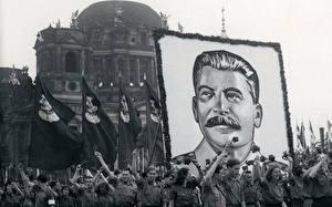 Обои для рабочего стола Сталин Знаменитости