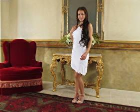Обои Melisa Mendiny Платье молодые женщины