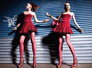 Обои Колготки Платье Туфли