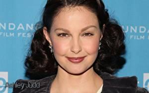 Обои для рабочего стола Ashley Judd Знаменитости
