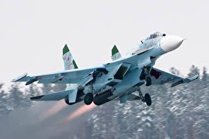 Картинка Самолеты Истребители Су-27 Авиация
