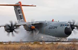 Картинки Самолеты Транспортный самолёт A400M Авиация