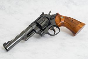 Обои Револьвер Армия