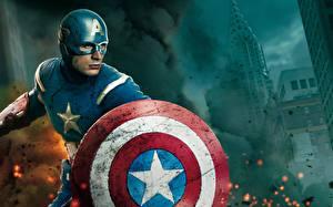 Фото Мстители (фильм, 2012) Капитан Америка герой Крис Эванс Щит Фильмы