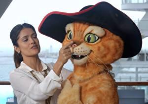 Обои Сальма Хайек кот из шрека