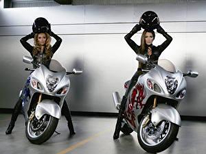 Обои Beyonce Knowles Дженнифер Лопез Знаменитости