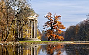 Картинки Парки Мюнхен Германия Колонна Nymphenburg park Природа