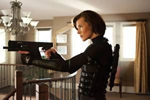 Обои Обитель зла Milla Jovovich Обитель зла 5: Возмездие Кино