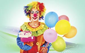 Картинки Праздники Клоун Воздушный шарик