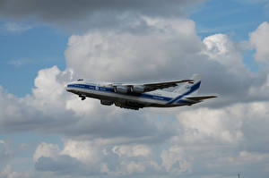 Картинки Самолеты Транспортный самолёт АН-124