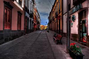 Фотография Испания Дома Дороги Скамейка Уличные фонари HDRI Улиц Канарские острова Арукас Города