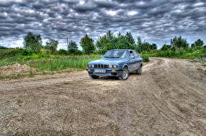 Фотографии BMW Небо Дороги Облака HDR машины