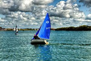 Картинки Парусные Англия Небо Озеро Лодки Облако HDRI Southport Marine