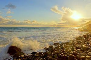 Картинка Берег Море Камни Небо Америка Облака Горизонт Калифорния Малибу Природа